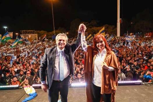 LOS FERNÁNDEZ, KICILLOF Y MAGARIO, GANADORES EN MALVINAS