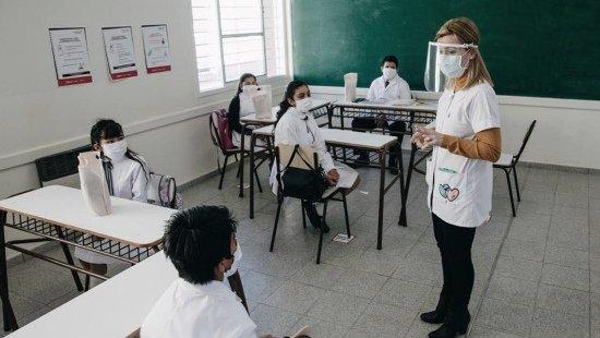 CLASES A CONTRATURNO Y LOS SÁBADO EN LAS ESCUELAS BONAERENSES