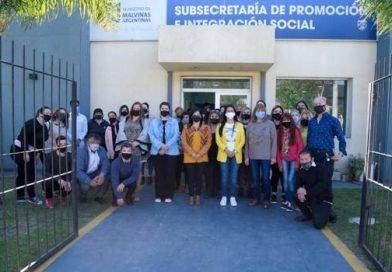 PARA ASESORAMIENTO Y TRÁMITE DE LA AUH, ABREN SEDE DE LA SENAF EN MALVINAS ARGENTINAS